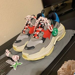 balenciaga triple s grey red blue size 43